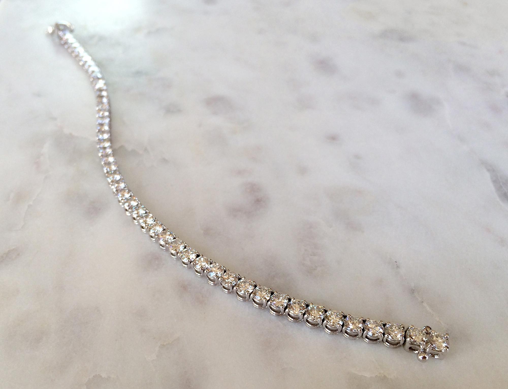 diamond_necklace_v01.jpg