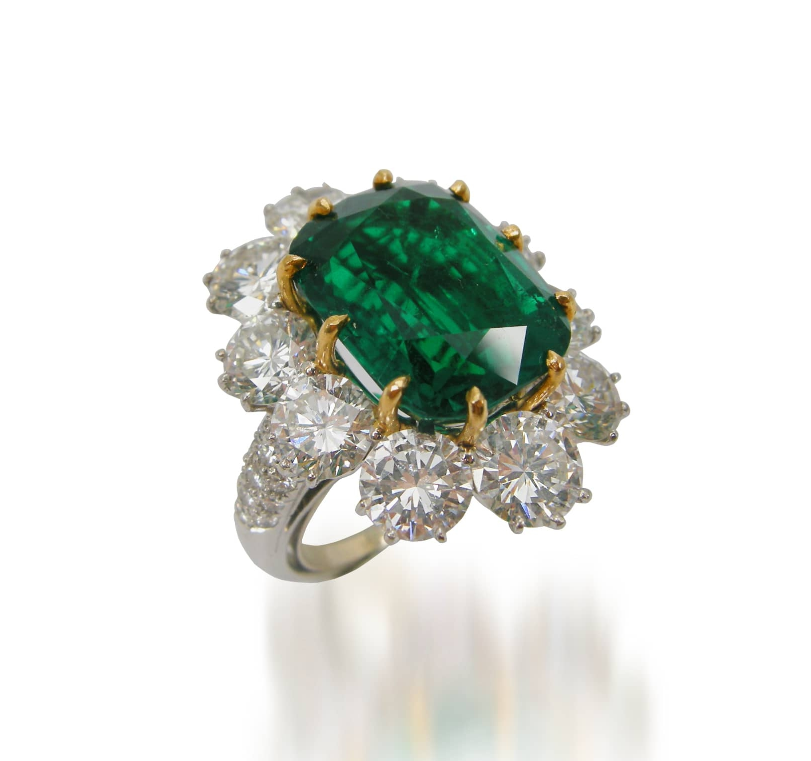 EMERALD AND DIAMOND RING BESPOKE FINE JEWELLERY BY SHAHINA HATTA