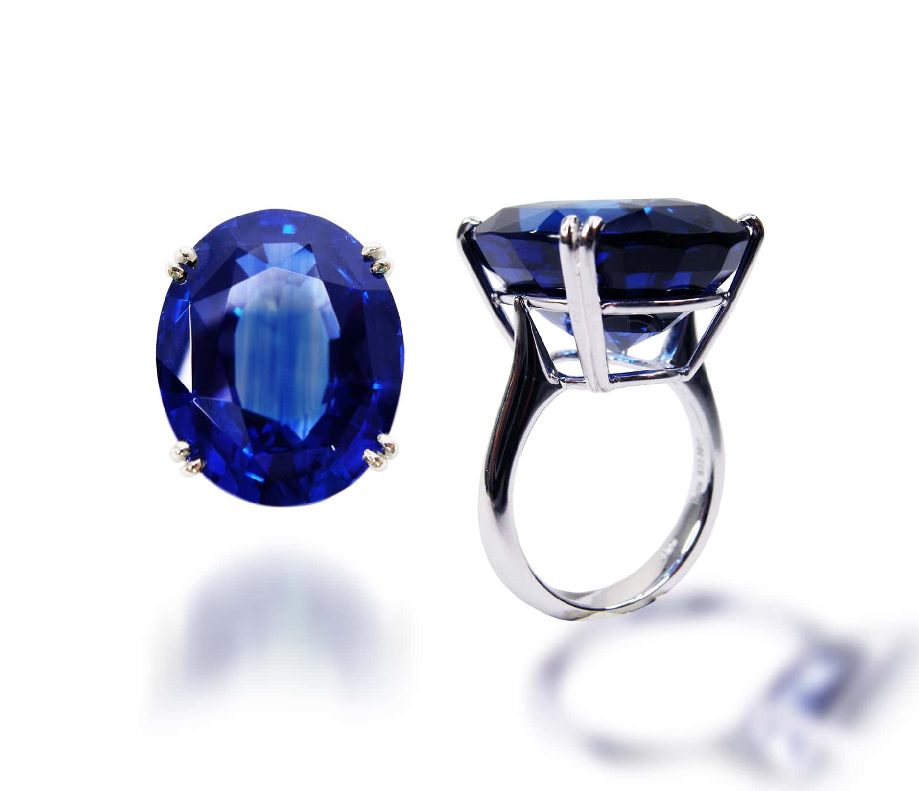 BLUE SAPPHIRE SOLITAIRE RING BESPOKE FINE JEWELLERY BY SHAHINA HATTA