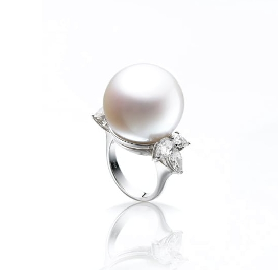 SOUTH SEA PEARL & DIAMOND RING BESPOKE FINE JEWELLERY BY SHAHINA HATTA