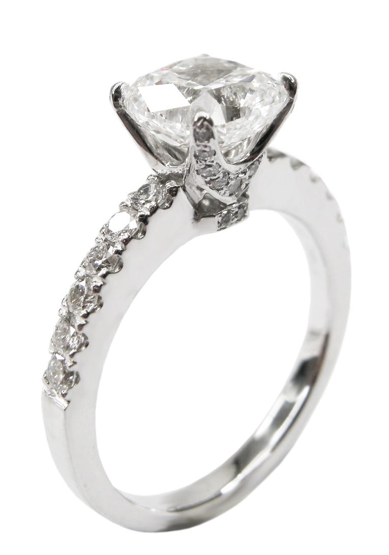 FOUR CLAW DIAMOND RING BESPOKE FINE JEWELLERY BY SHAHINA HATTA