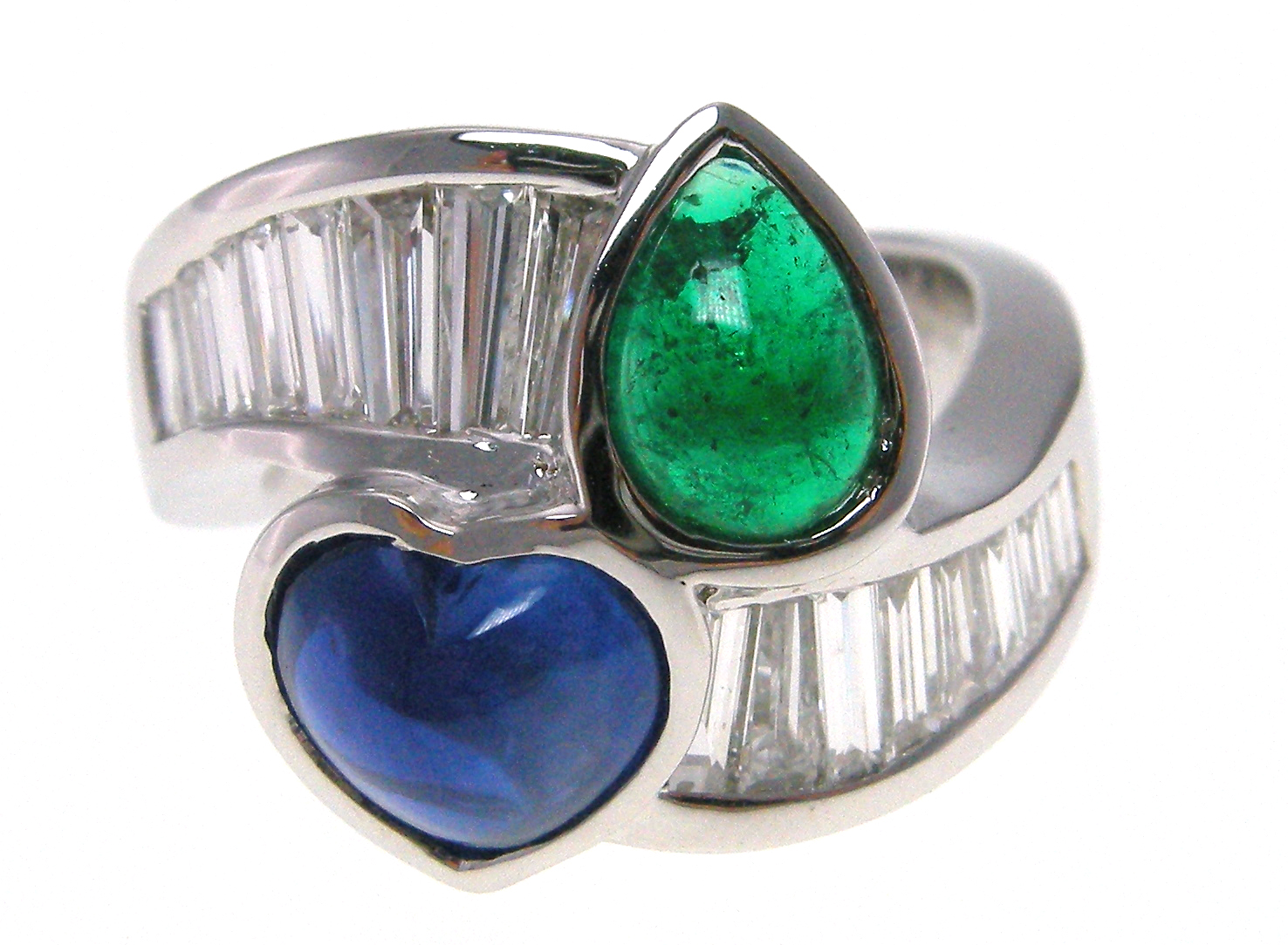 CABOCHAN EMERALD & SAPPHIRE RING WITH DIAMOND BAGUETTES BESPOKE FINE JEWELLERY BY SHAHINA HATTA