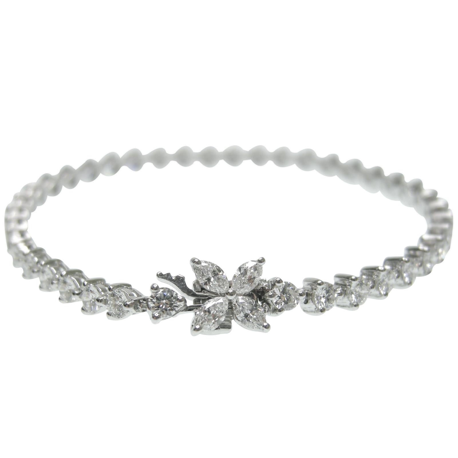 MARQUISE AND ROUND DIAMOND BRACELET CLUSTER DIAMOND PENDANT BESPOKE FINE JEWELLERY BY SHAHINA HATTA