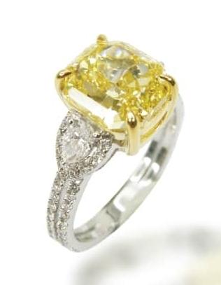 FANCY YELLOW THREE STONE DIAMOND RING BESPOKE FINE JEWELLERY BY SHAHINA HATTA
