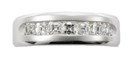 ASSCHER CUT BRUSHED DIAMOND MEN'S WEDDING BAND BESPOKE FINE JEWELLERY BY SHAHINA HATTA