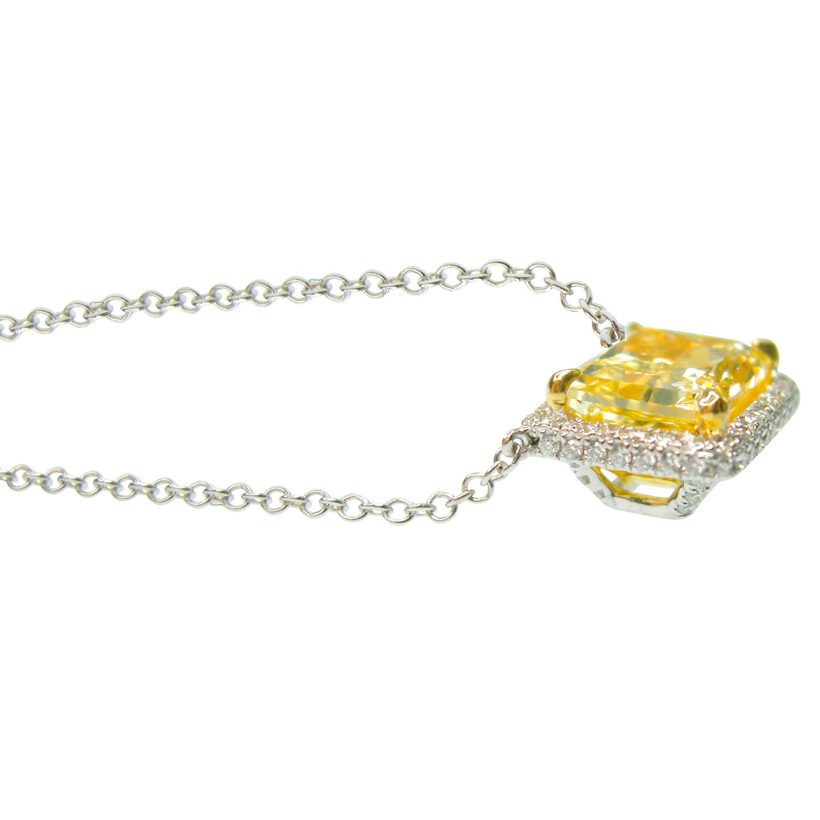 YELLOW DIAMOND NECKLACE RADIANT CUT