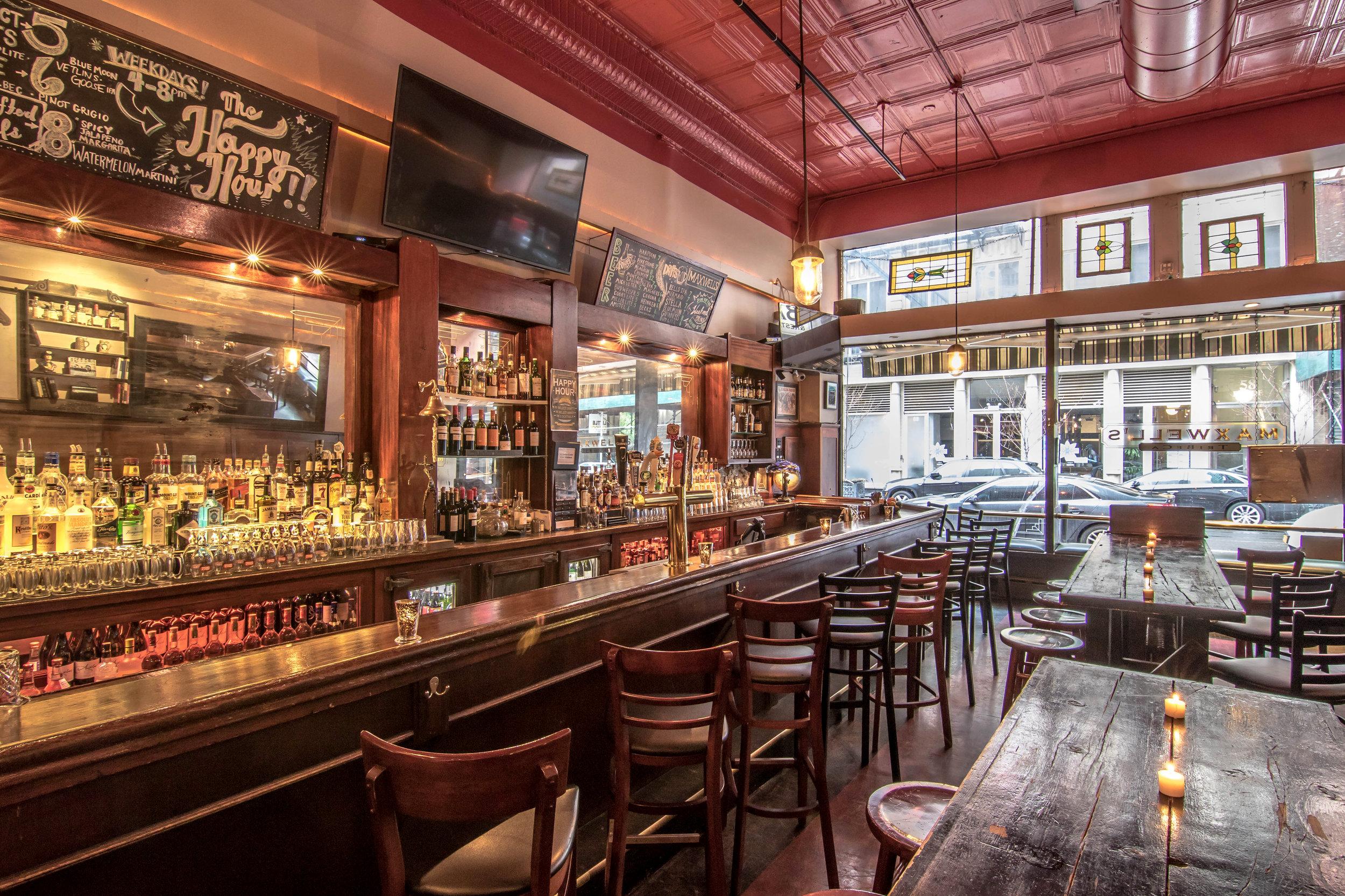 MAXWELL'S BAR & RESTAURANT | Best Restaurants Tribeca Lunch