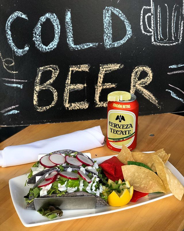 Don't forget to savor the last days of summer! . . Come in for a cold one (or two!) and some Sp Pulled Pork Tacos 😛😛 w/ a Green tomatillo sauce in blue corn soft shell tortillas !!! . . Serving up some last minute (and well needed) sunshine this summer. . . Don't miss it! . . . . . . . . . #maxwellstribeca #lovemax #tecate #coldbeer #septembersummerdays #summersnotover #summersnotoveryet #tacos #pulledpork #pulledporktacos #avocado #abogado #avocadosauce #tortillachips #radis #radishes #bluecorntortillas