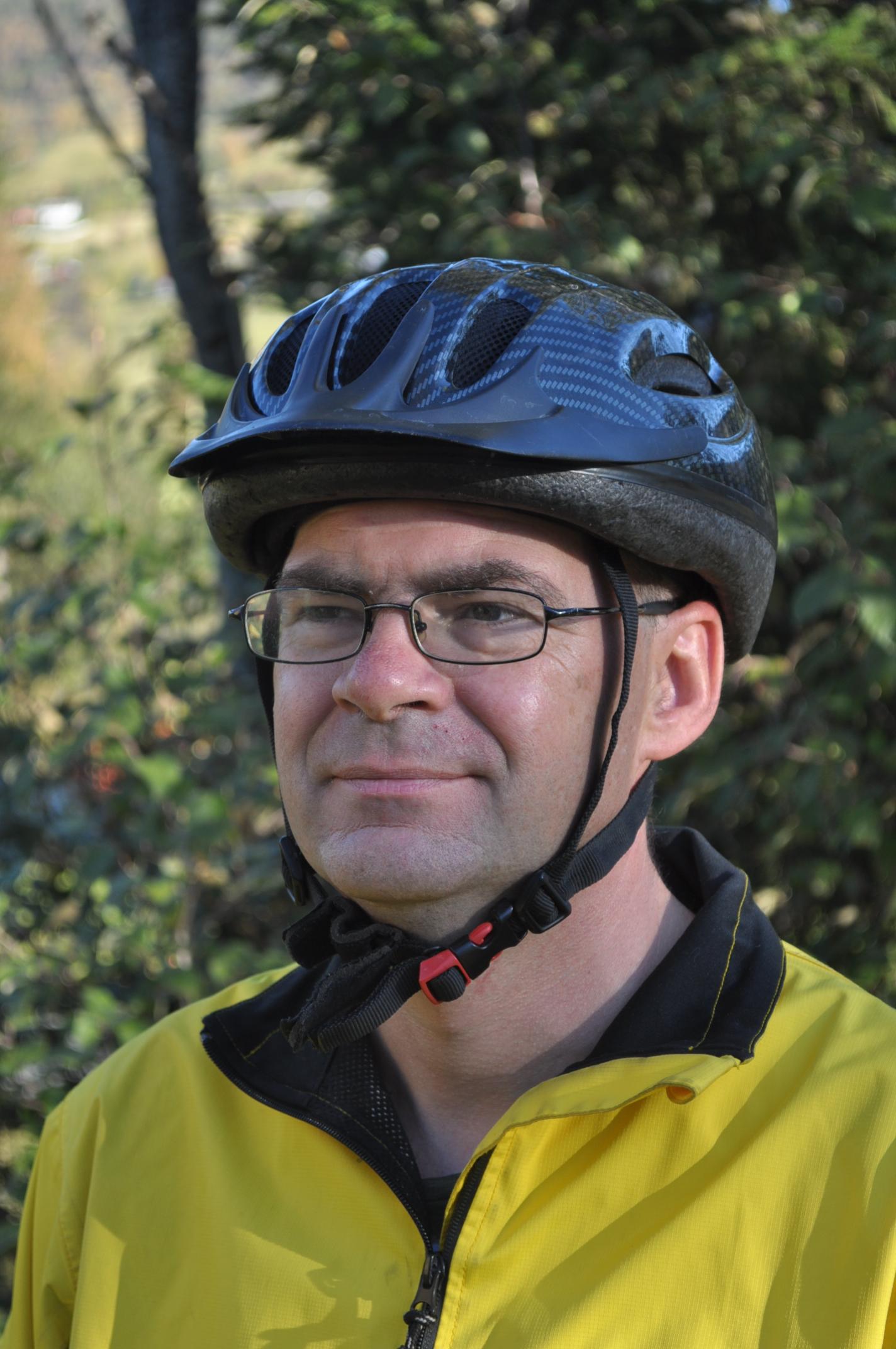 Paul Uijting forsøker å lokke utlendinger til Norge for å sykle.