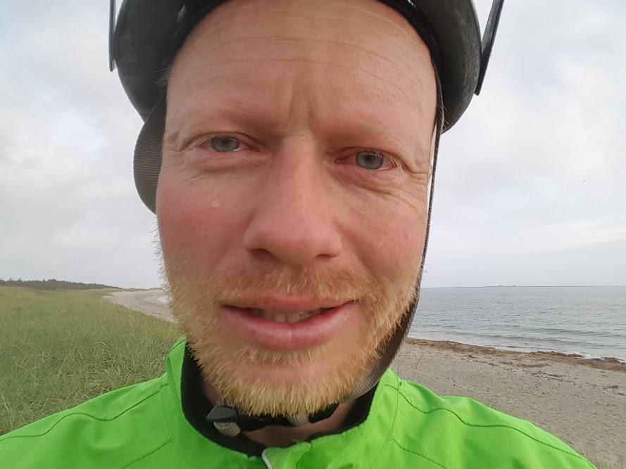 På ei strand på Sørlandet kom det noen tårer etter en vel tøff dag. Se eksempel 3 nedenfor.