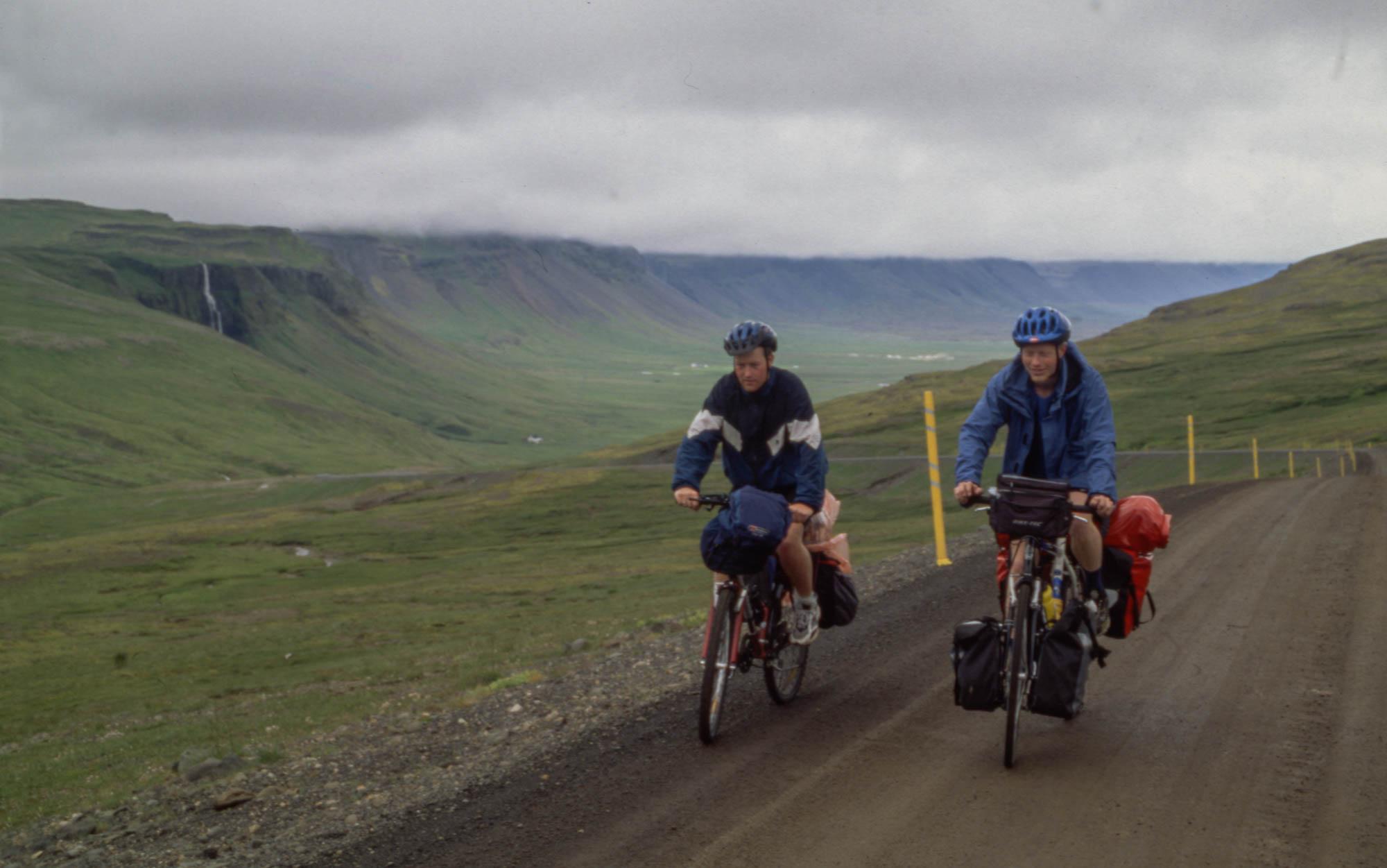 Landskapet på Island var overraskende variert, noe som gjorde sjølve syklinga ekstra interessant.