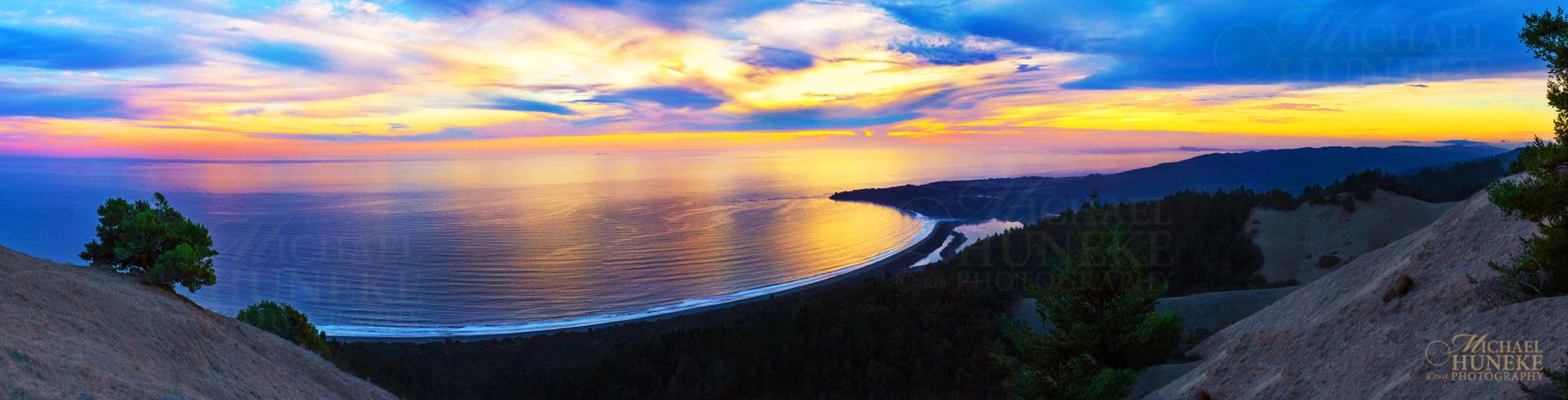 Ocean_Suset_Panorama 2000 wide 72dpi high(9) wm.jpg