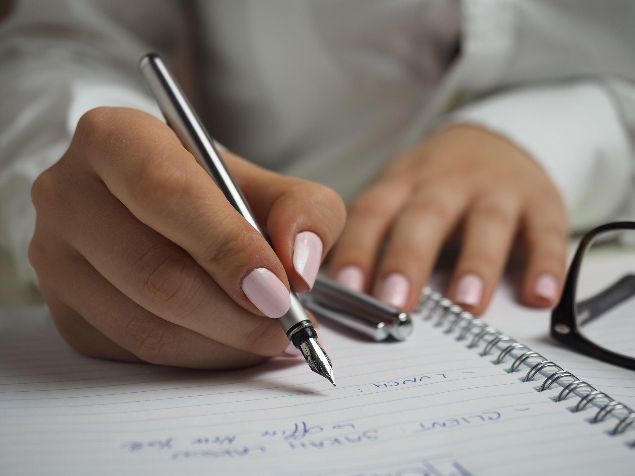 agenda-composition-fountain-pen-110473_preview.jpeg