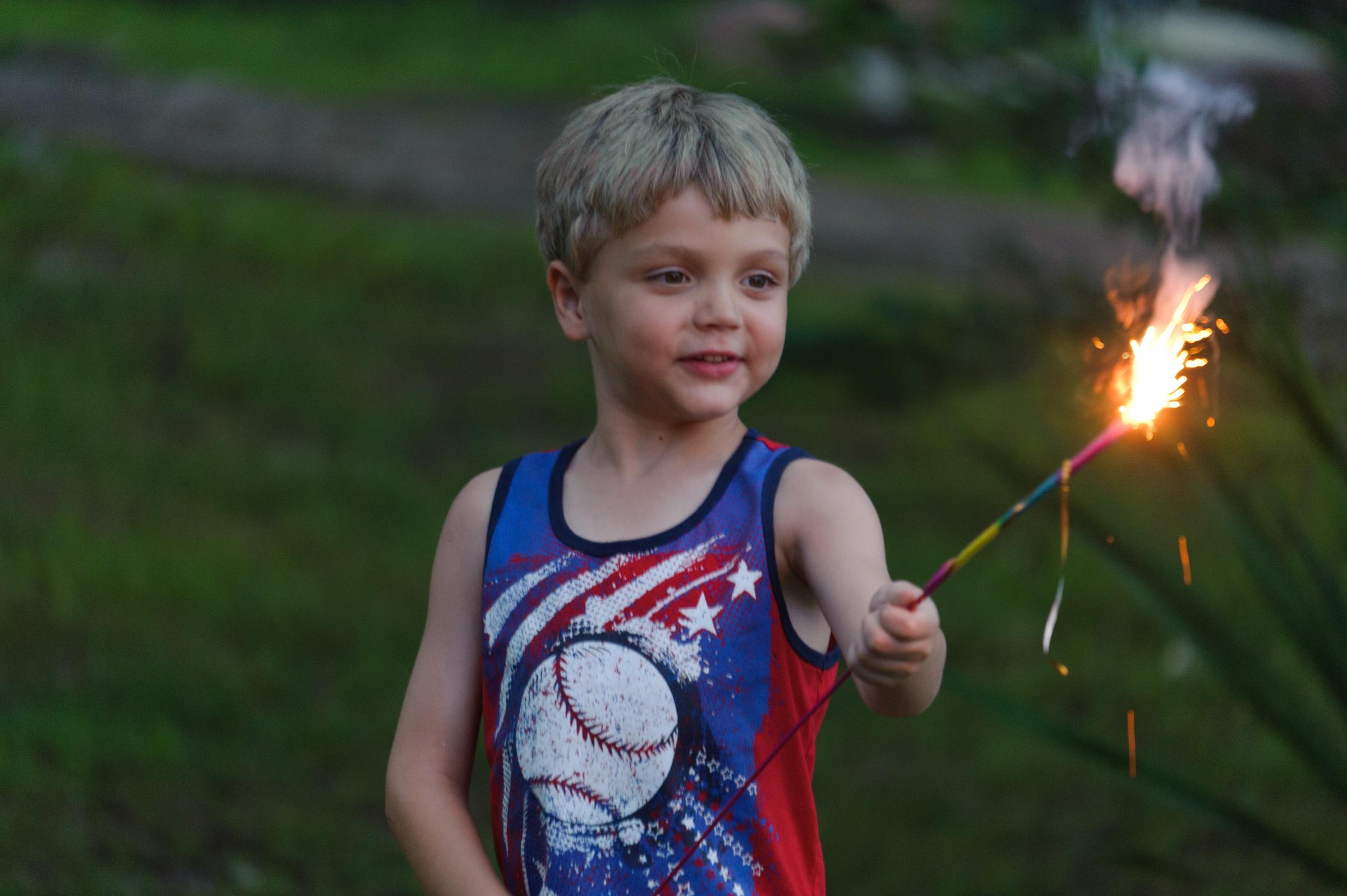 DSC10-0151. fourth of July kid.jpg