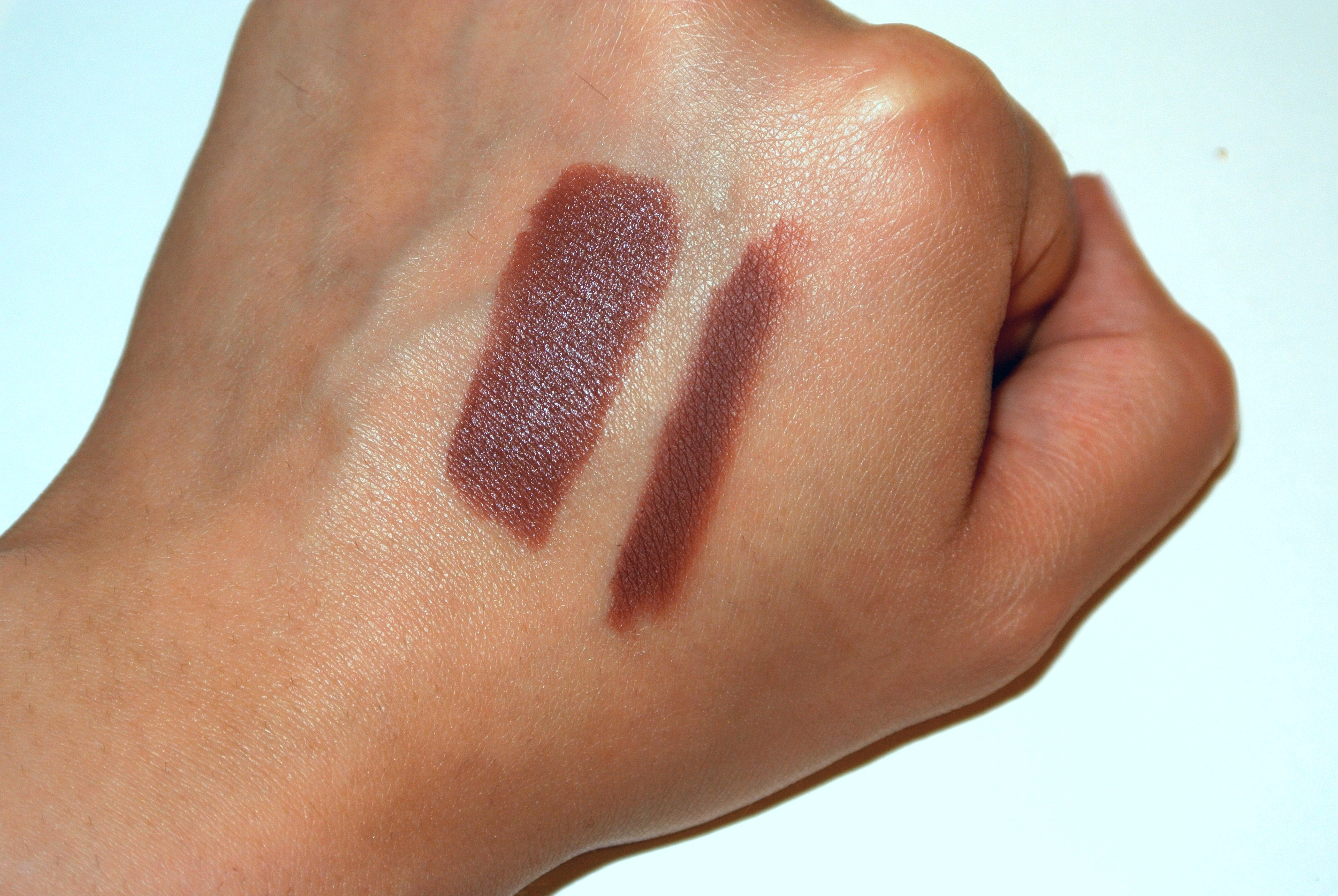 MAC Whirl  Lipstick (left),  MACWhirl  Lip Pencil (right).