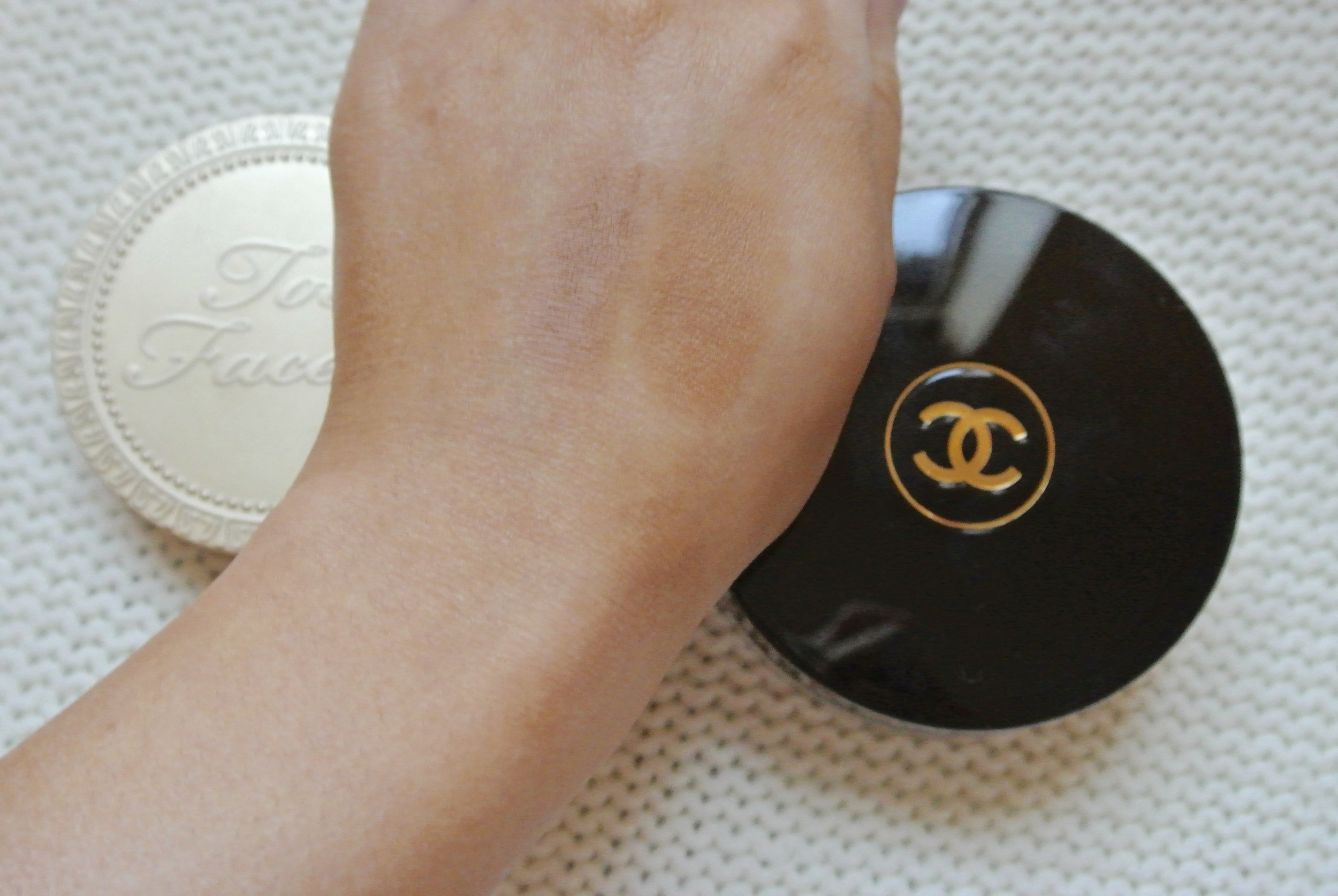 Chanel Soleil Tan De Chanel vs Too Faced Chocolate Soleil