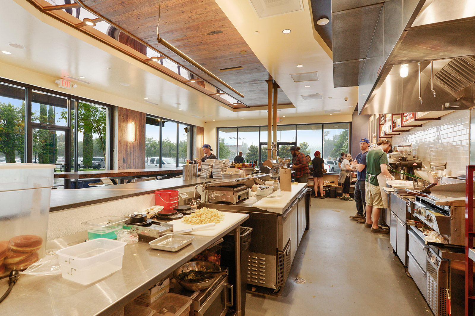 One-to-One-District Donuts-TC-Interior 4.jpg
