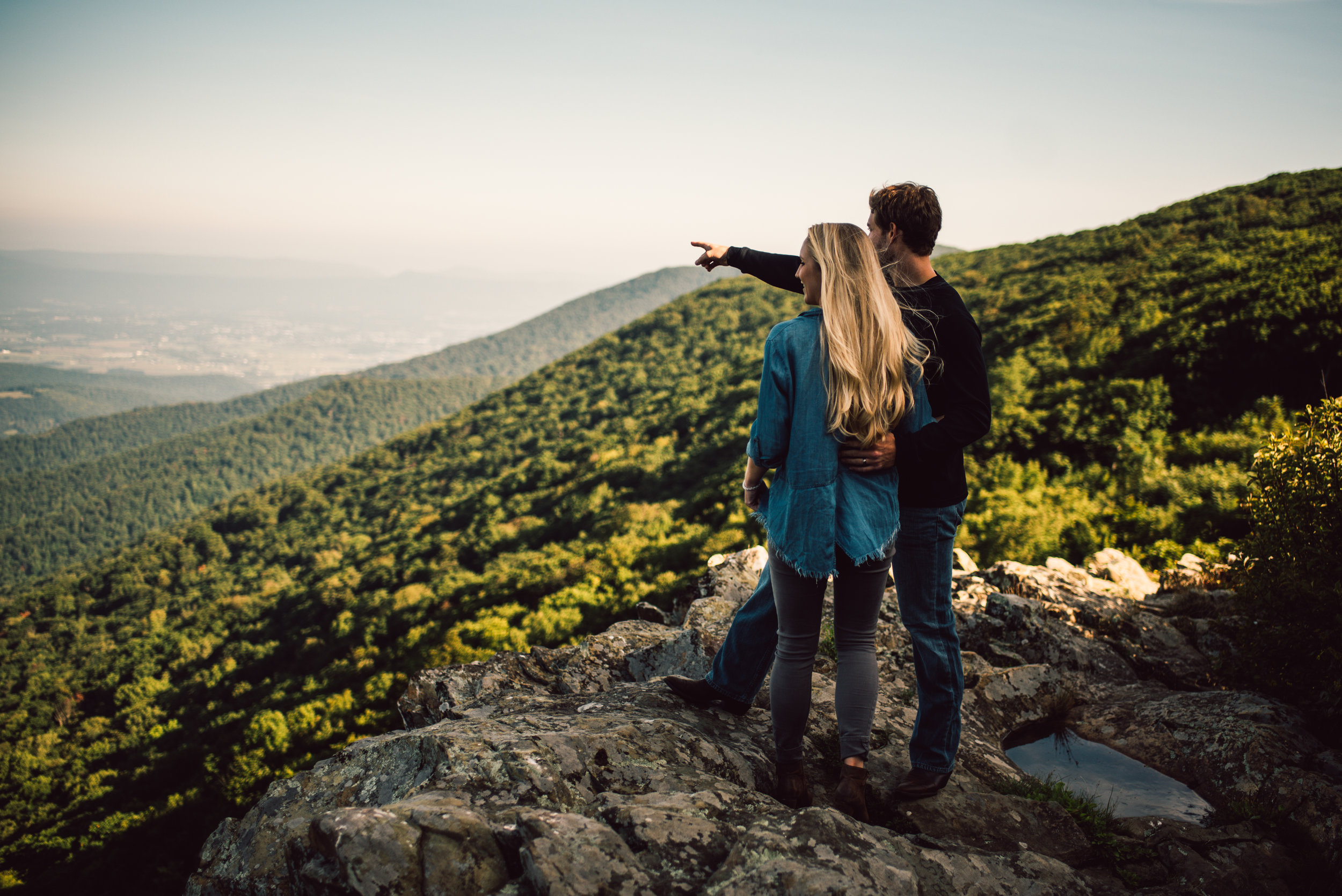 Jp and Kelsey - Shenandoah National Park - Couple Portraits_2_1.JPG