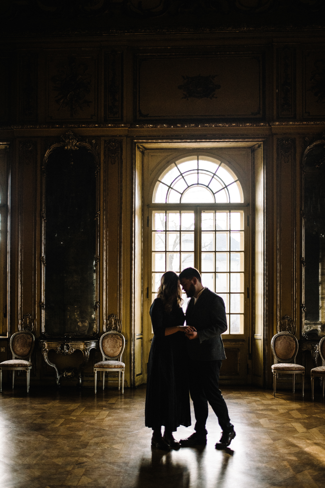 Ronja and Victor Intimate Castle Couple Portrait Session Germany Muse and Mirror_11.JPG