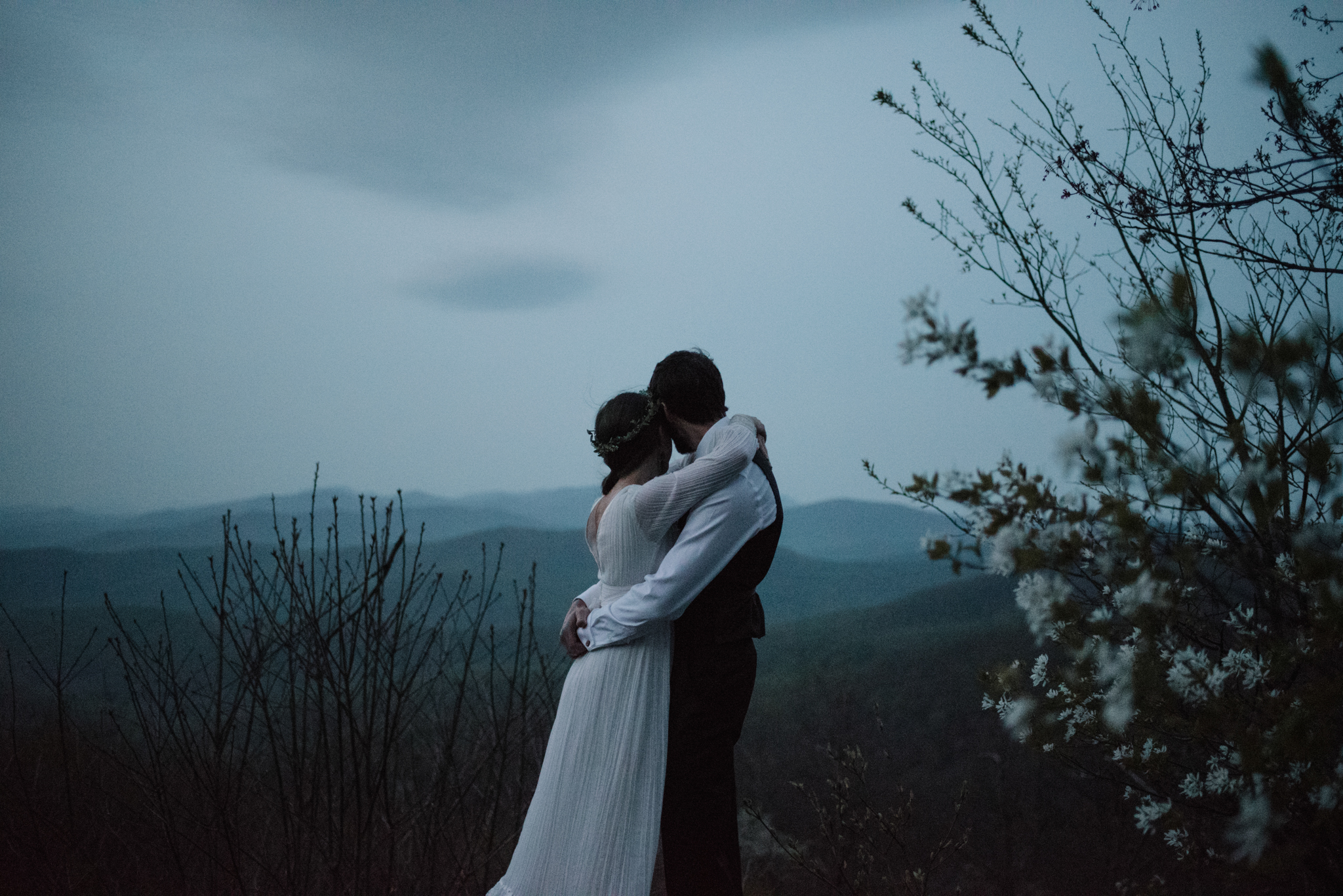 Lisa and Stuart - Post Wedding Couple Portraits - White Sails Creative - Blue Ridge Mountains - Sunrise Shenandoah National Park_18.JPG