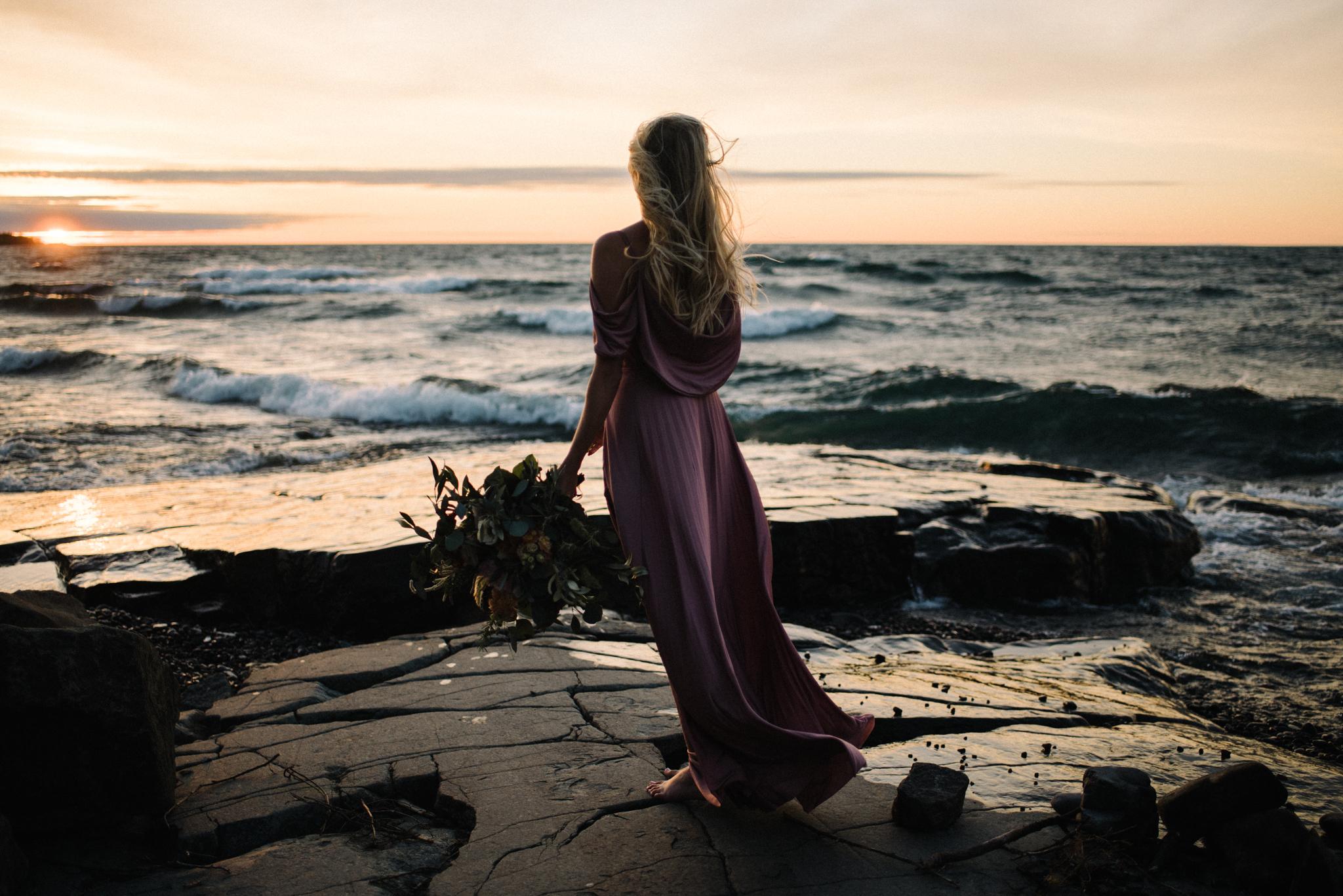 Madeira Creative - Clare Kolars - Emilee Bridal Portraits - White Sails Photography - North Shore - Lake Superior_18.JPG