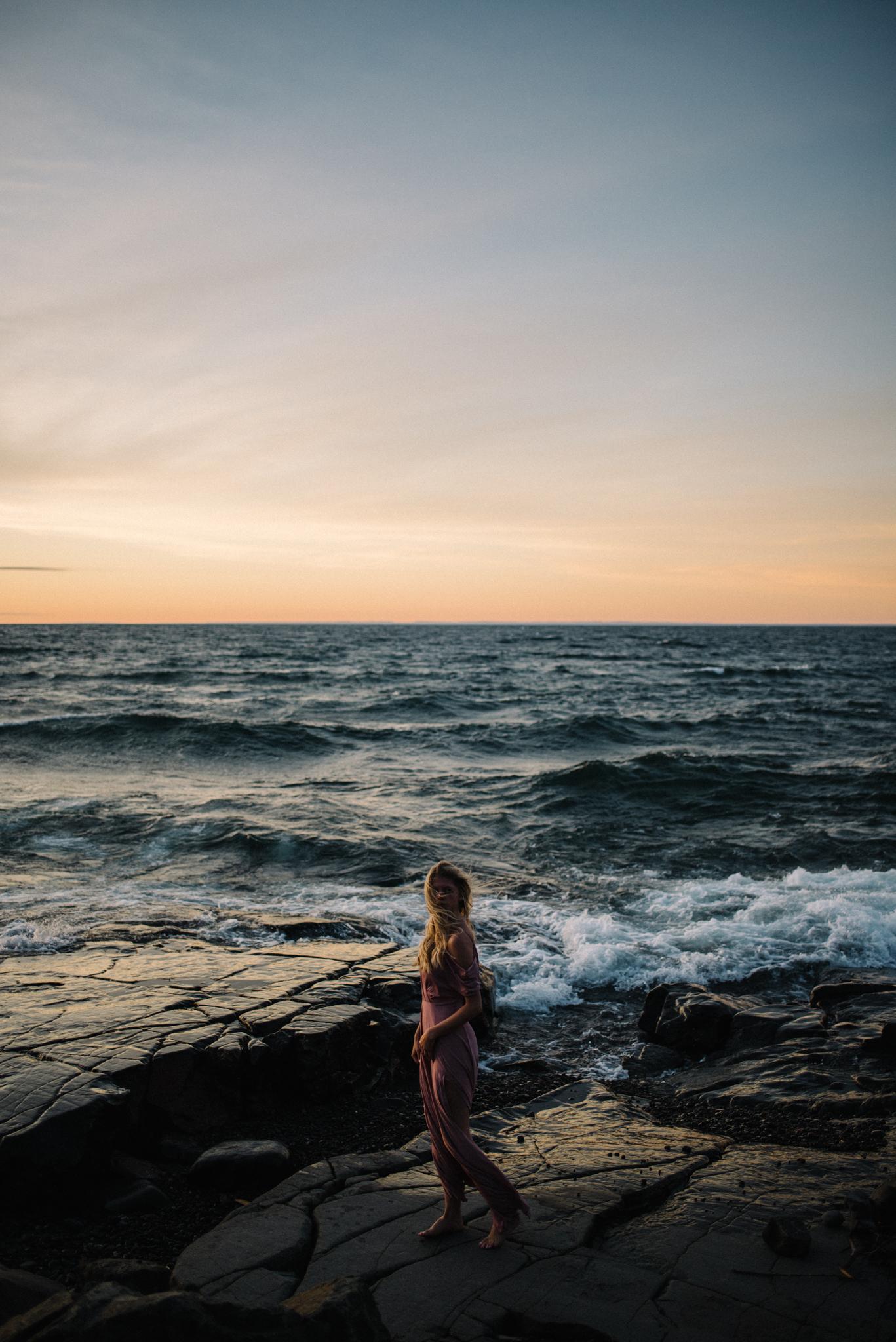 Madeira Creative - Clare Kolars - Emilee Bridal Portraits - White Sails Photography - North Shore - Lake Superior_3.JPG