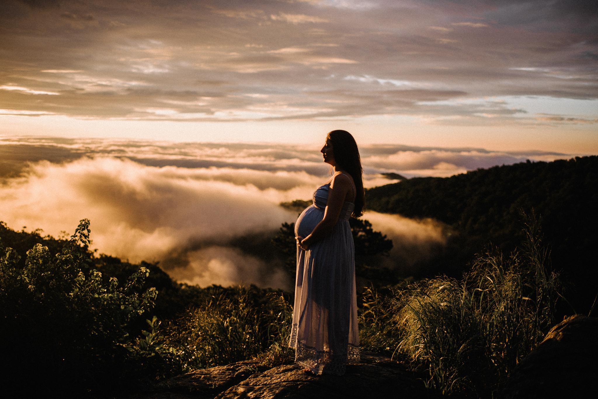 Mandy Spencer Maternity Sunrise Session Shenandoah National Park - White Sails Photography Creative_4.JPG