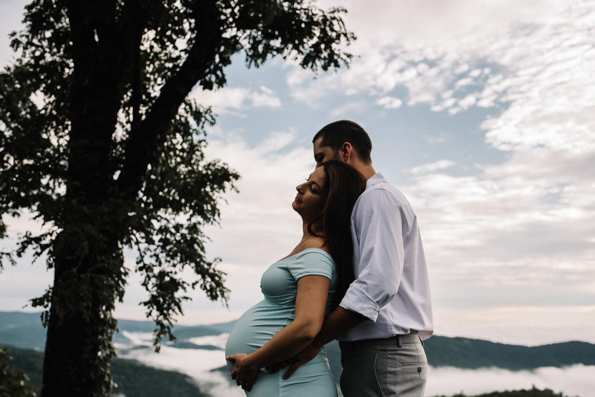 Mandy Spencer Maternity Sunrise Session Shenandoah National Park - White Sails Photography Creative_24.JPG