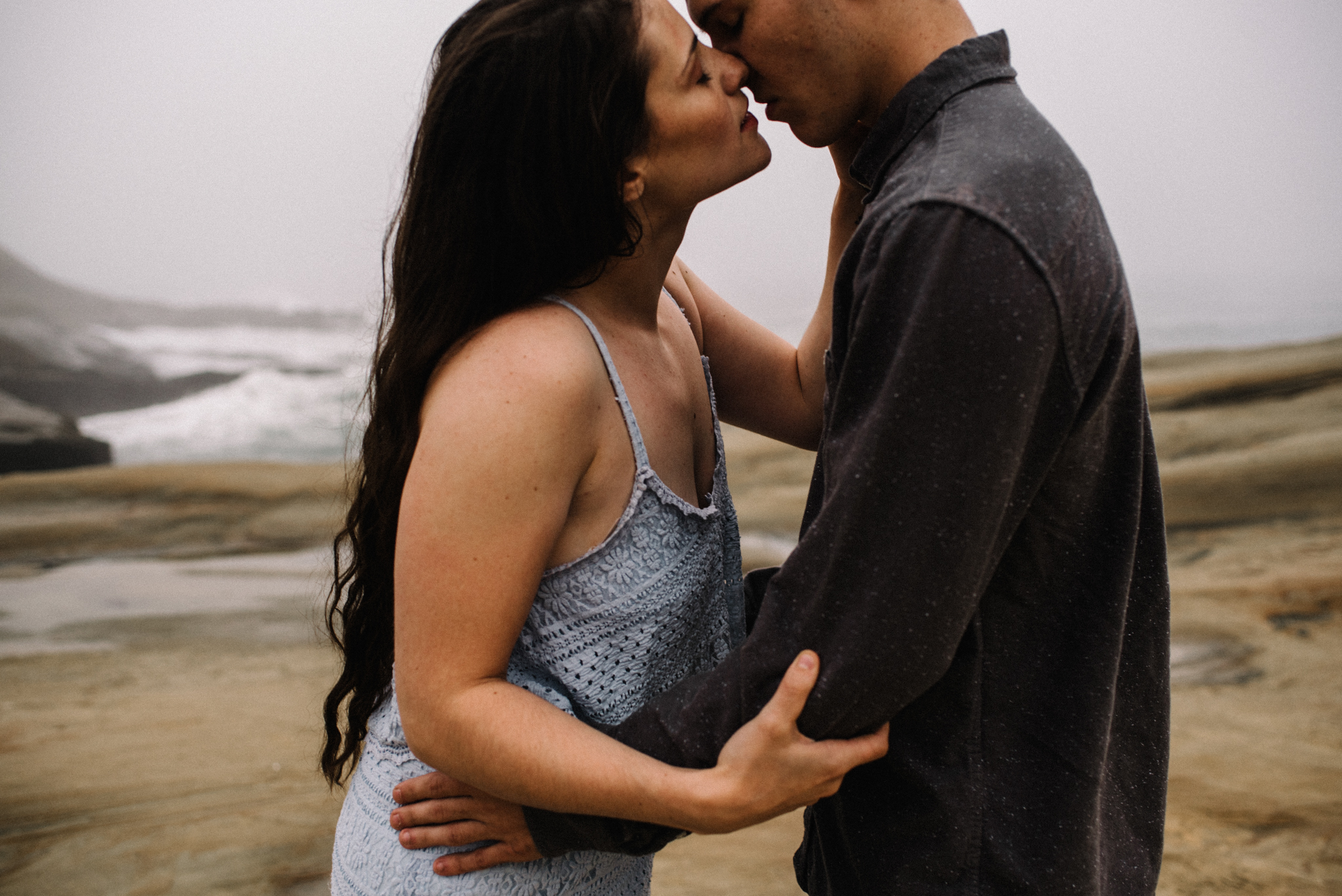 Ruthie and Anthony - Foggy Oregon Coast Couple Adventure Session - White Sails Photography Creative_20.JPG