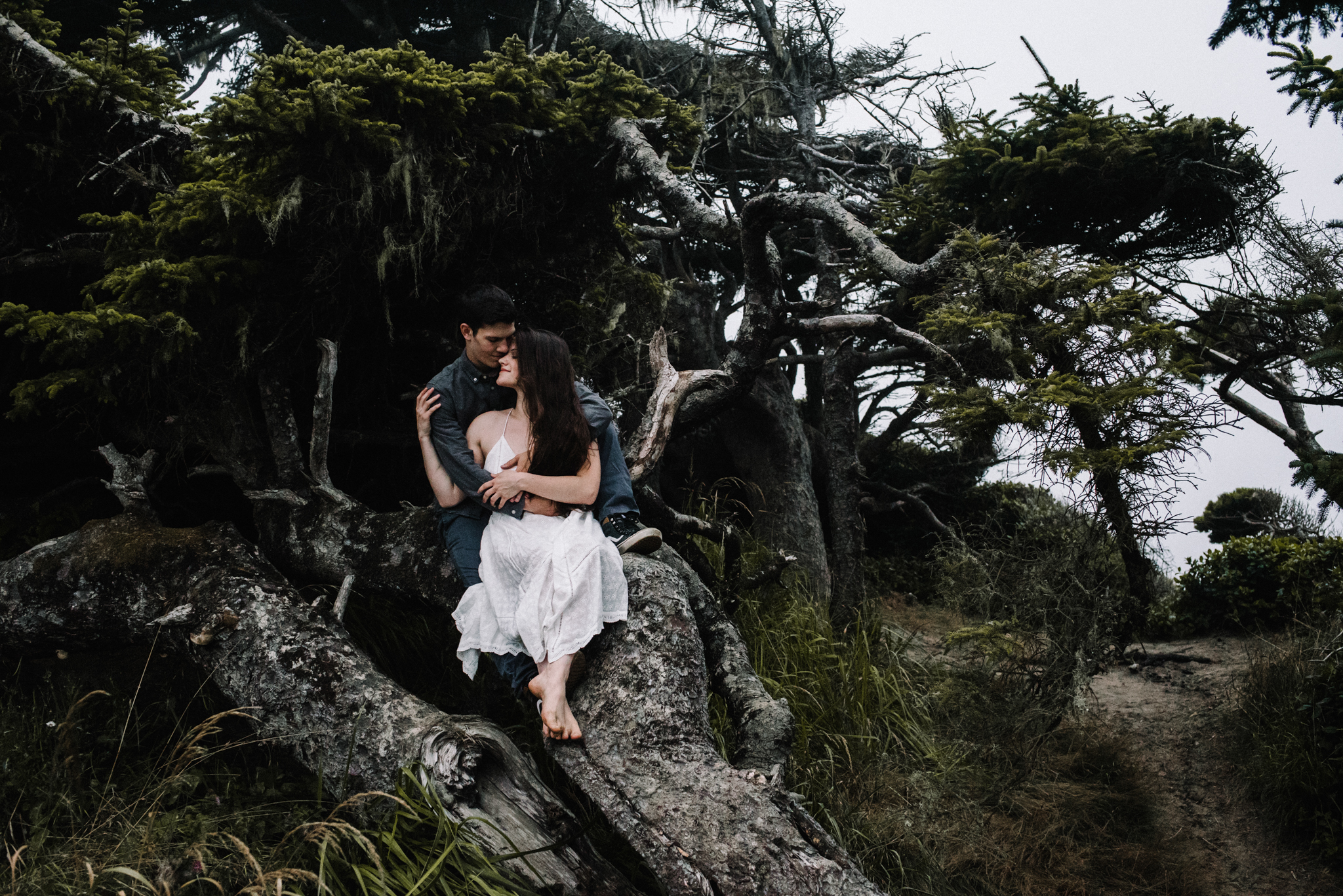 Ruthie and Anthony - Foggy Oregon Coast Couple Adventure Session - White Sails Photography Creative_50.JPG