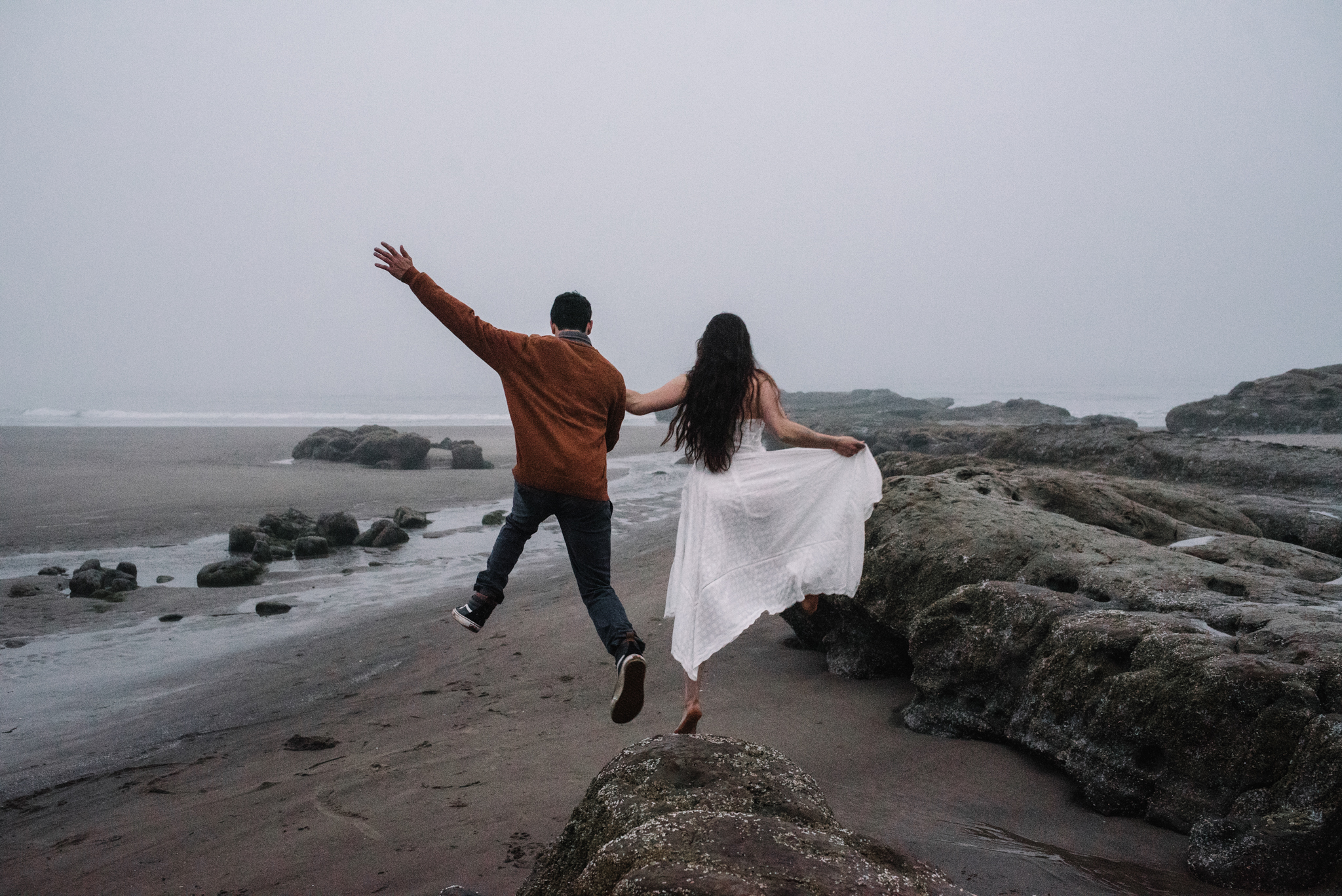 Ruthie and Anthony - Foggy Oregon Coast Couple Adventure Session - White Sails Photography Creative_55.JPG