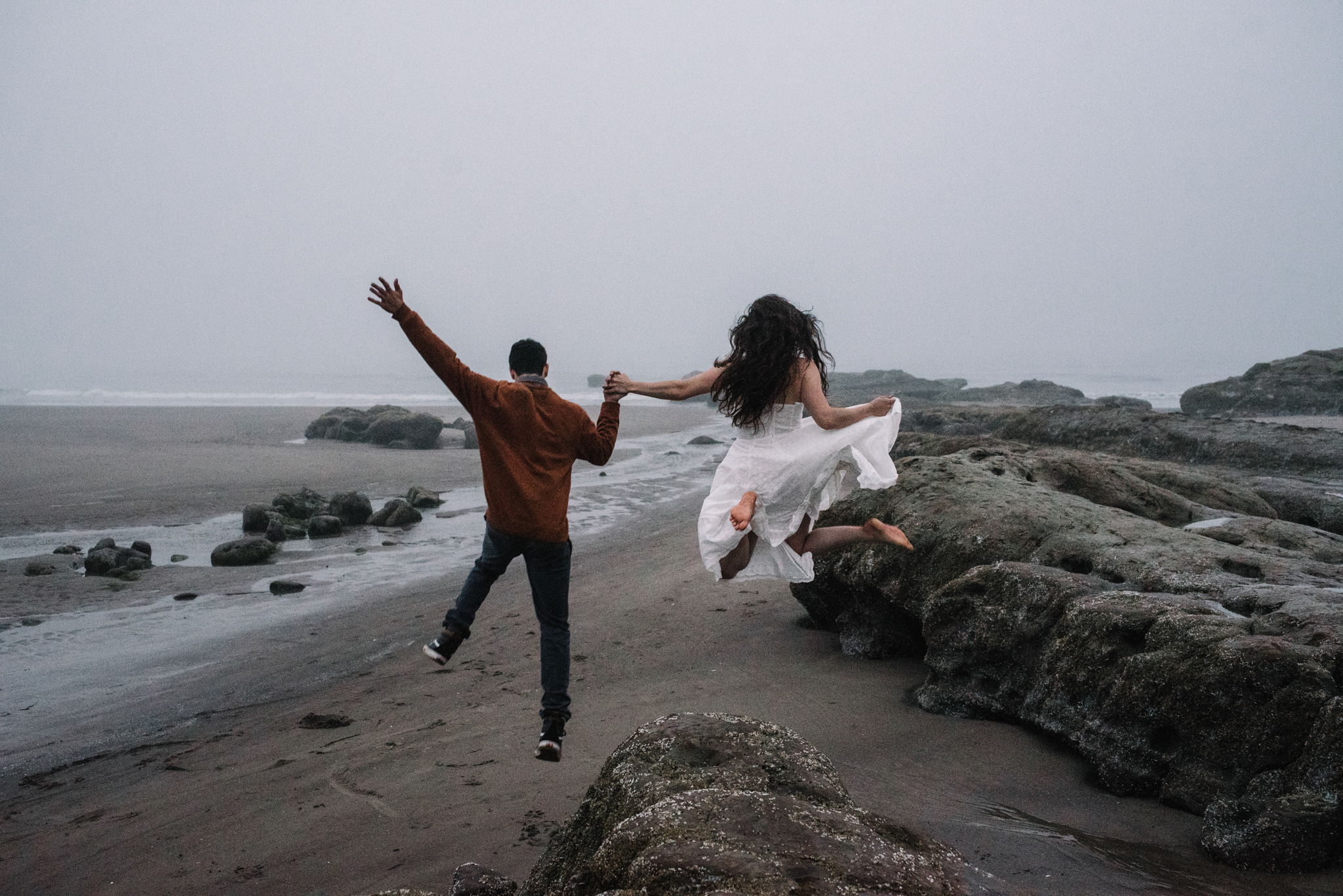 Ruthie and Anthony - Foggy Oregon Coast Couple Adventure Session - White Sails Photography Creative_56.JPG