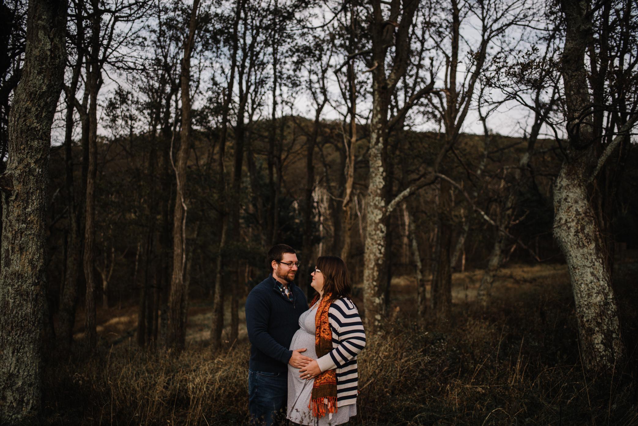 Sarah and Evan Maternity Session Shenandoah National Park Blue Ridge Mountains Skyline Drive Adventure Photographer White Sails Creative_7.JPG