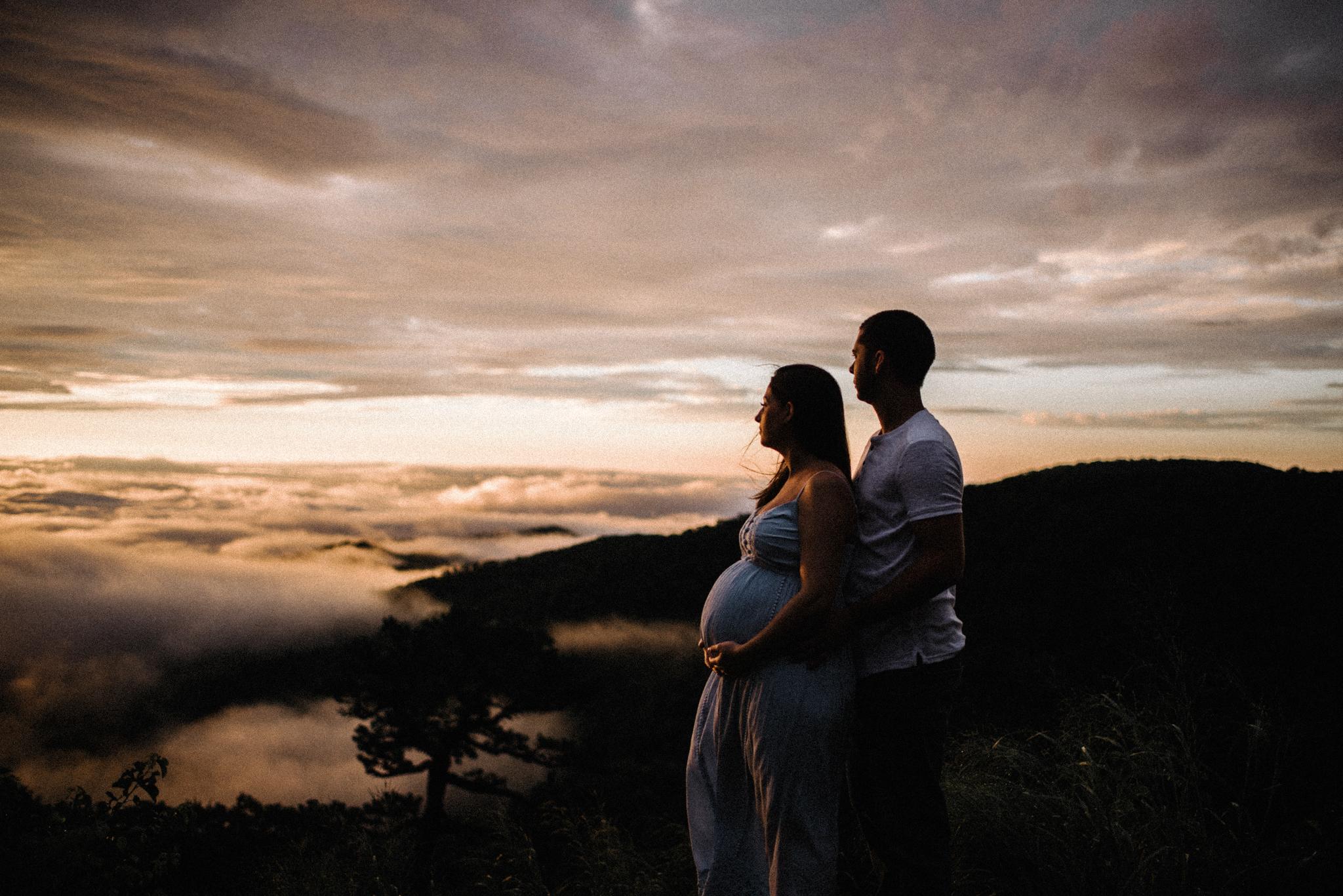 Mandy Spencer Maternity Sunrise Session Shenandoah National Park - White Sails Photography Creative_6.JPG
