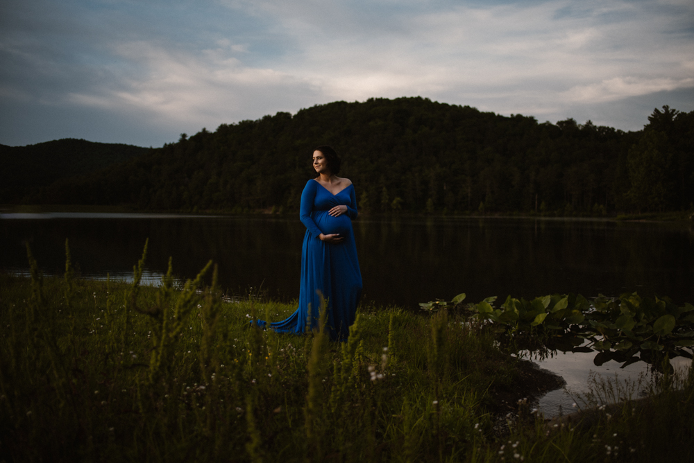 Rachel and Eric Adventurous Lake Maternity Session  Luray Virginia Maternity Photographer Blue Ridge Mountains_3.jpg
