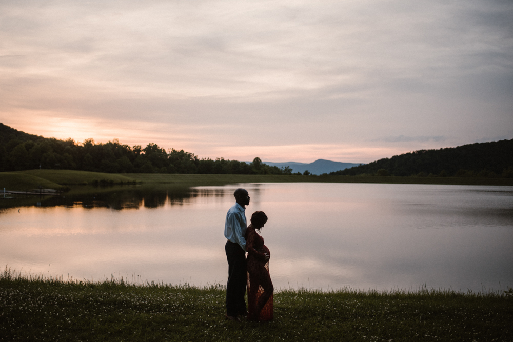 Rachel and Eric Adventurous Lake Maternity Session  Luray Virginia Maternity Photographer Blue Ridge Mountains_10.jpg