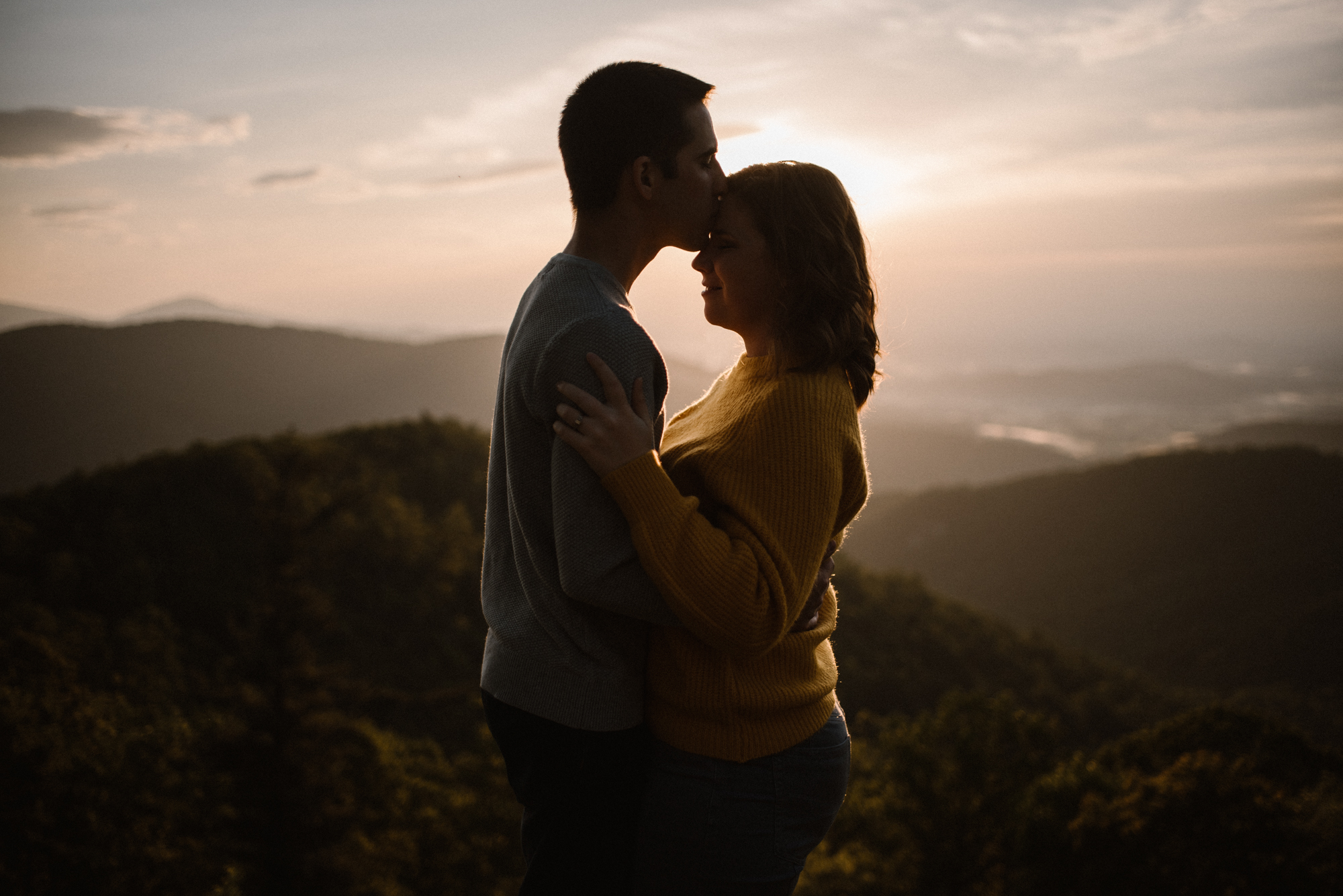Sloane and Evan Sunrise Engagement Session in Shenandoah National Park - Things to Do in Luray Virginia - Adventurous Couple Photo Shoot White Sails Creative_15.jpg