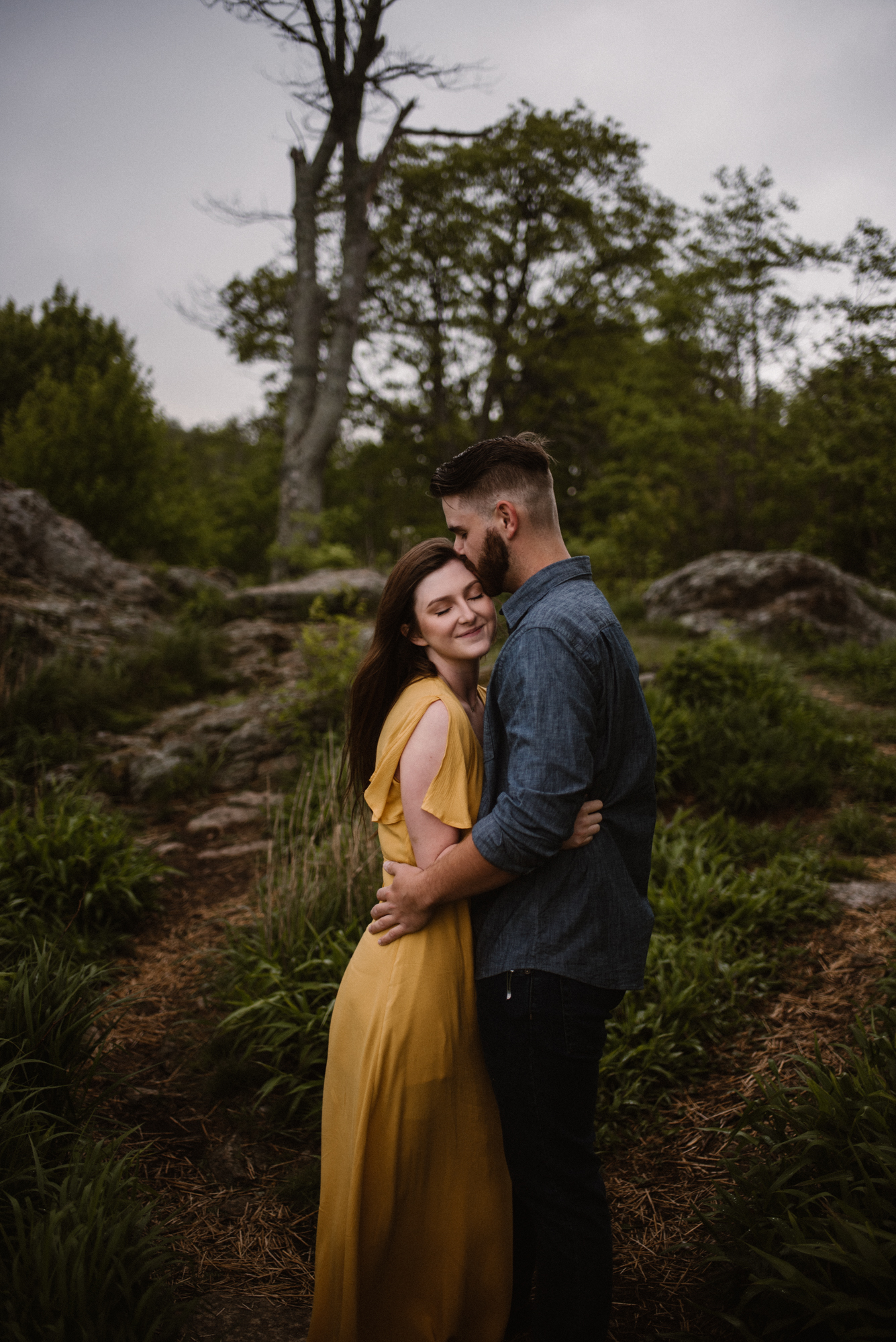 Camryn and Larry Sunrise Engagement Session in Shenandoah National Park - Things to Do in Luray Virginia - Adventurous Couple Photo Shoot White Sails Creative_16.jpg