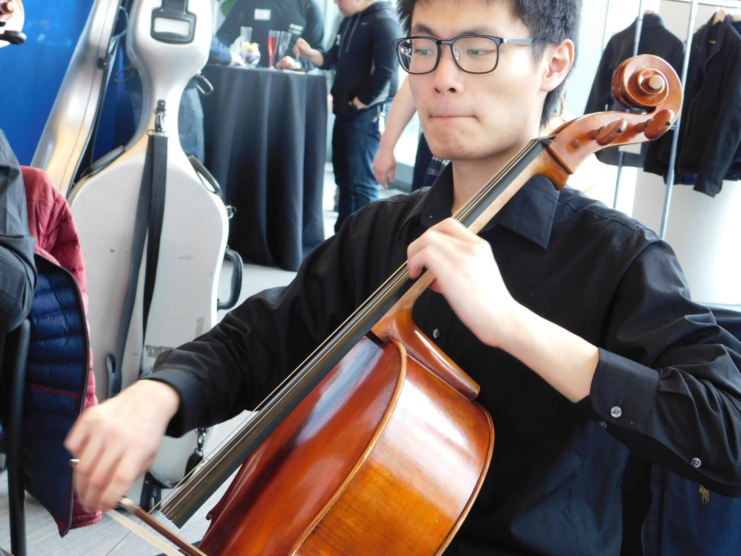 Cello Teacher Andrew Tsai