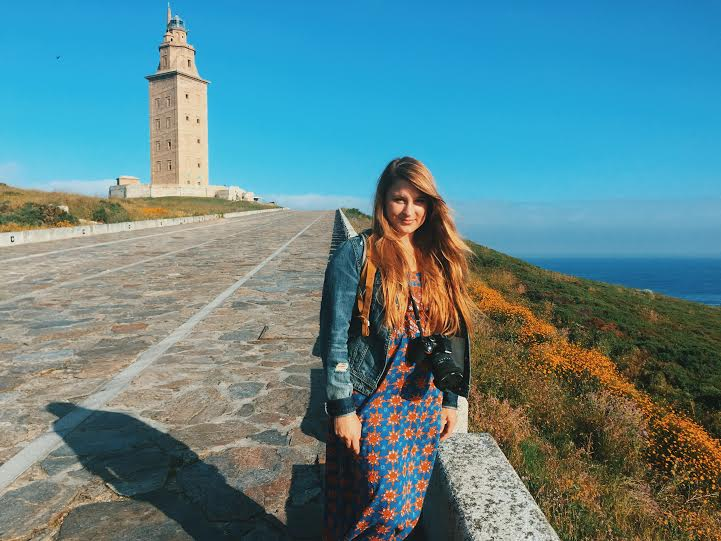 6.20 / 9:05 ante meridiem // A beautiful morning in front of the Tower of Hercules. This place is incredible. Wildflowers, stones, natural paths, the ocean, and an ancient, Roman lighthouse that is still being used today all surround me!