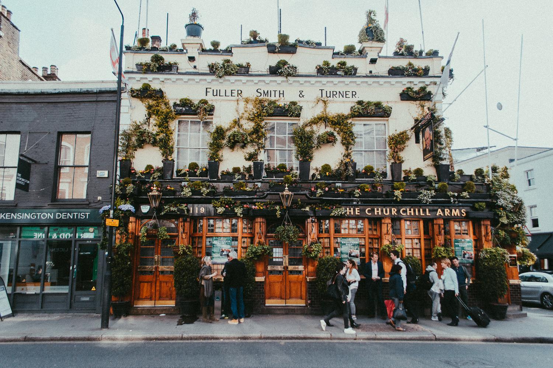 Churchill Arms   London   2017   Essentials : Warm Memories