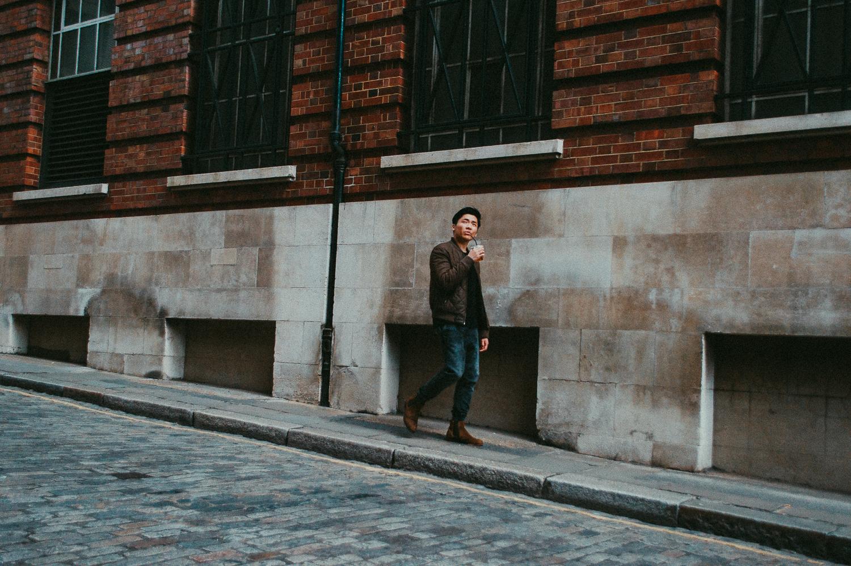Business District   London   2017   Essentials : Warm Memories