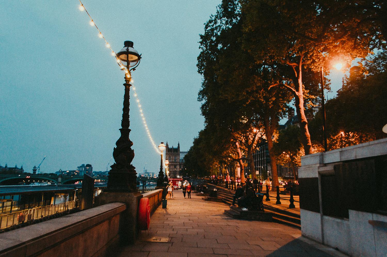 Westminster   London   2017   Essentials : Warm Memories