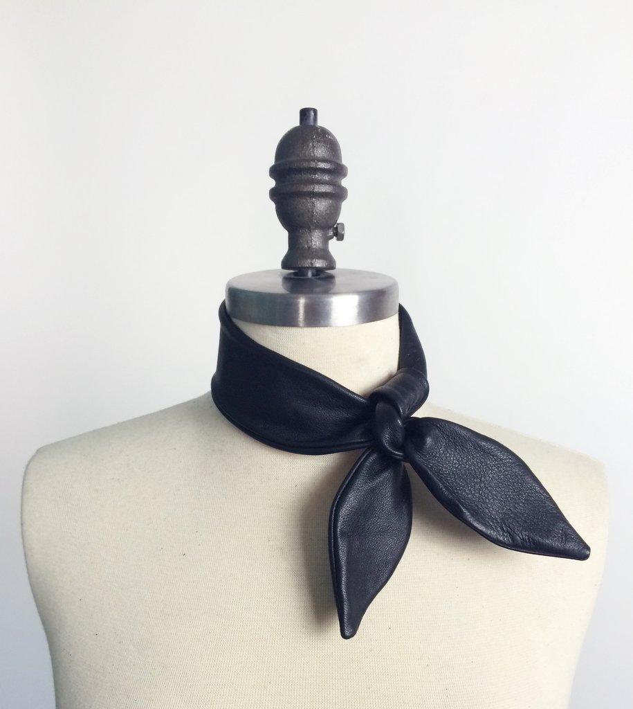 Necktie_CU_1024x1024.jpg