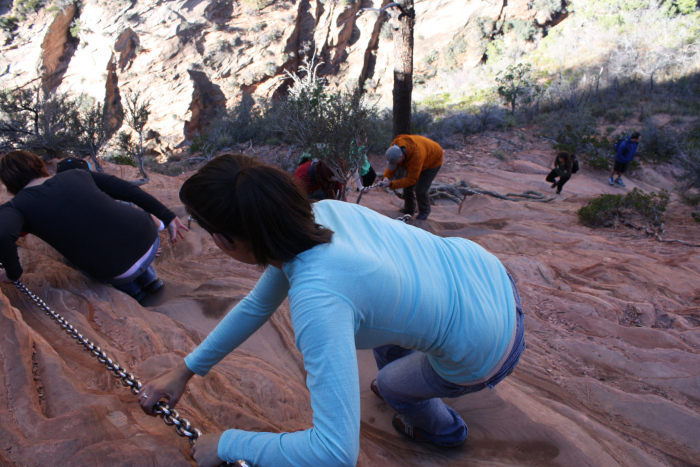 Angel's Landing - The first of several chain sections on this difficult route.