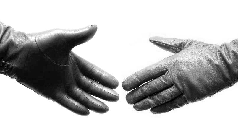 Fownes-Brothers-Handshake.jpg