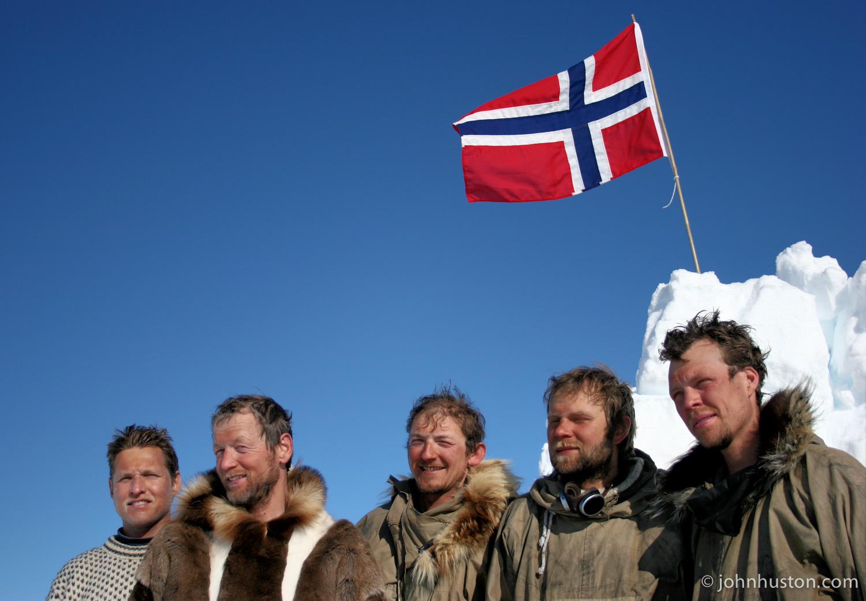 Inge-Solheim-Ketil-Reitan-Rune-Gjeldnes-Harald-Kippenes-John-Huston-Greenland.jpg