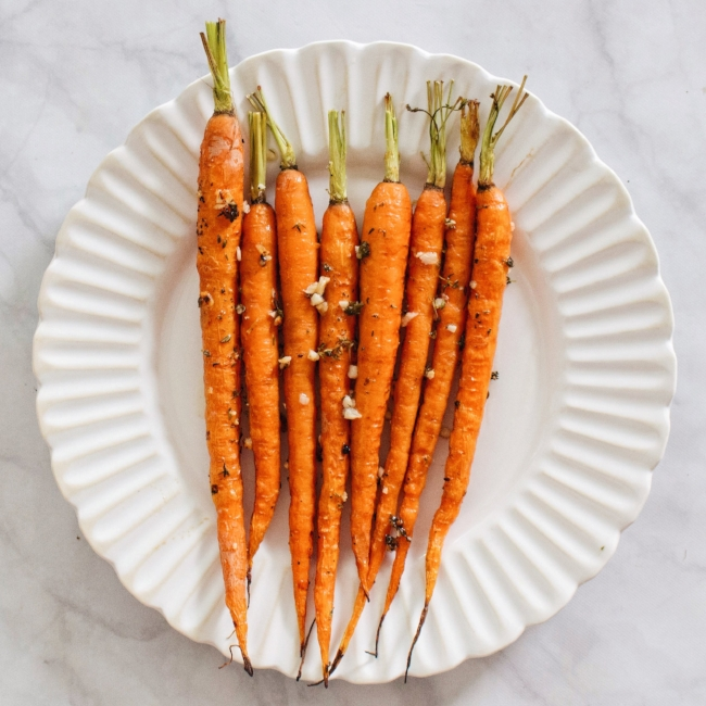 Buttery Lemon Roasted Carrots with