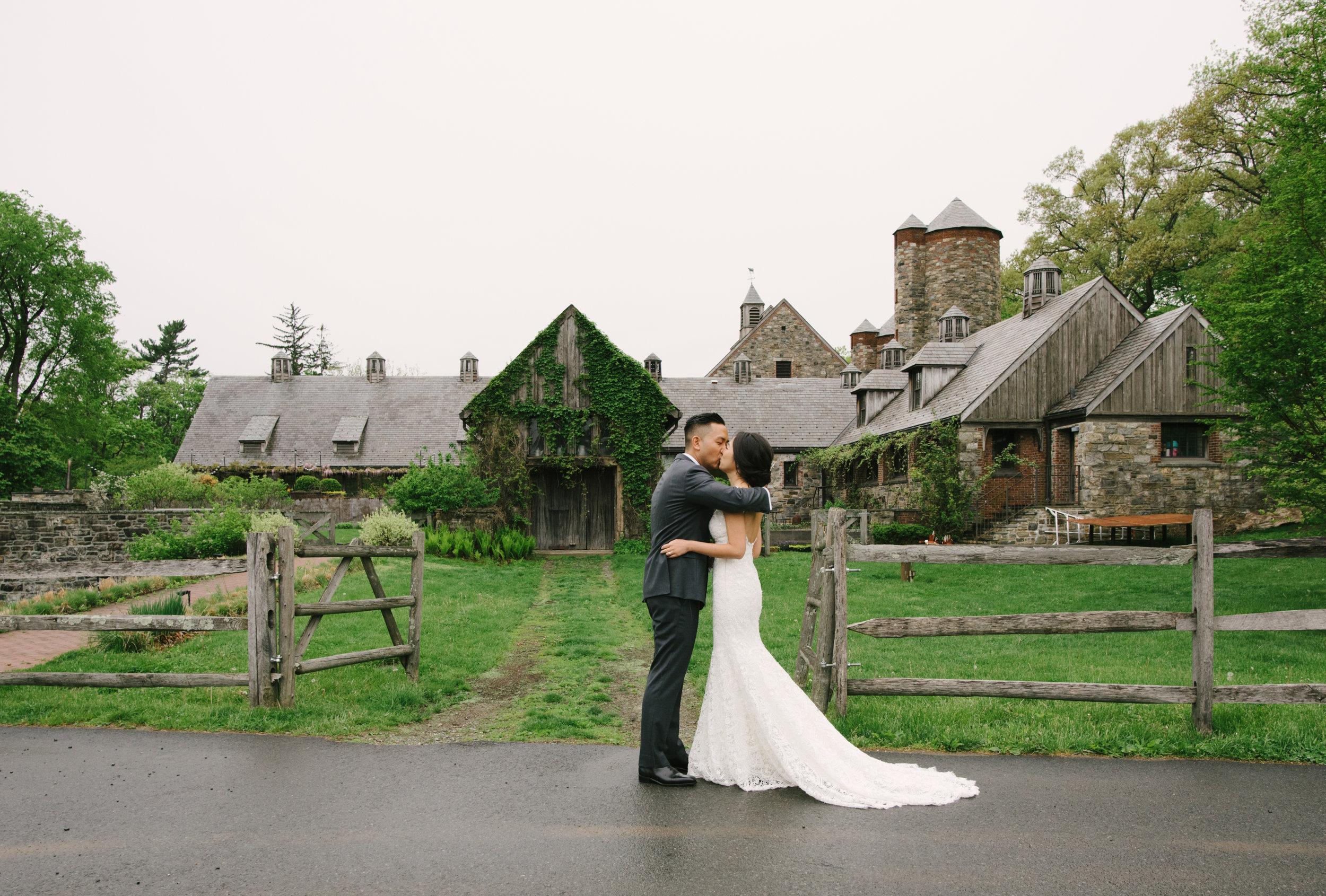 blue-hill-stone-barns-wedding-010.jpg