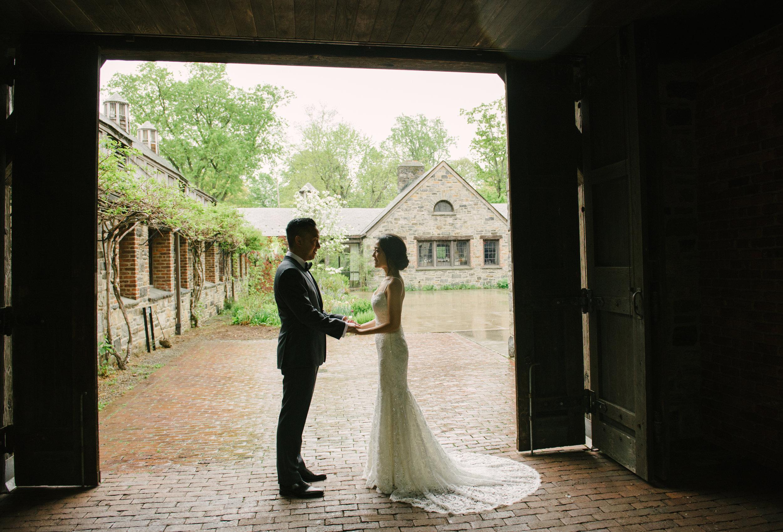 blue-hill-stone-barns-wedding-012.jpg